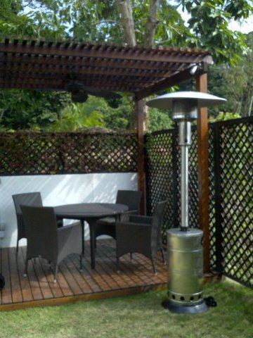 Heater-90010-round-outdoor-patio-gas-heater-01