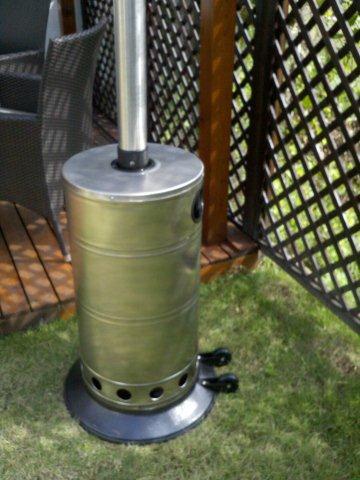 Heater-90010-round-outdoor-patio-gas-heater-02