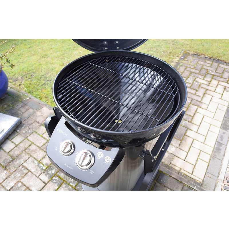 bbq-Outdoorchef-Geneva-570-gas-barbecue-grill-05