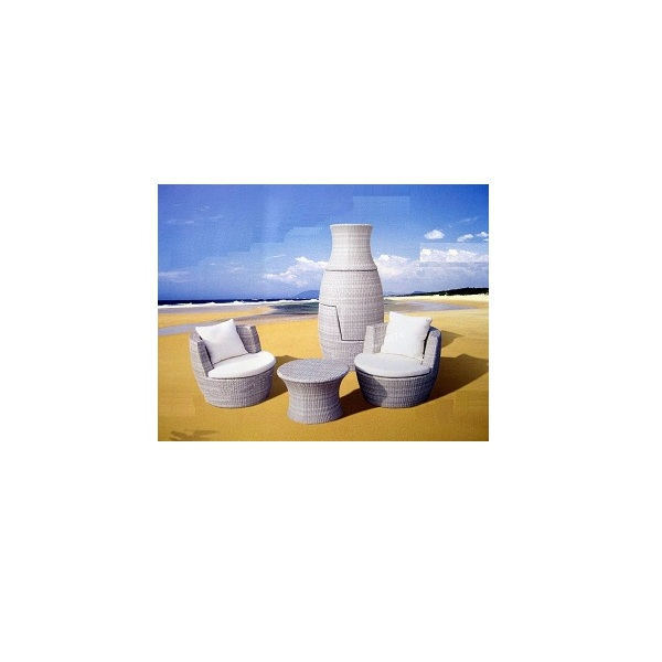 table-02007-The-White-Vase-Set.jpg